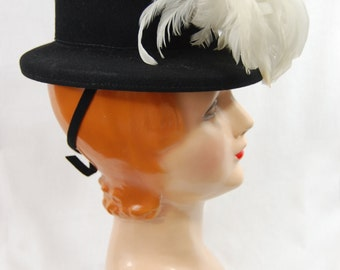 40s Black Felt Topper Hat with Egret Feathers - Black and White 40s Hat