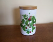 """PORTMEIRION Summer Strawberries  Vintage 7"""" COFFEE CANISTER With Wooden Lid Home & Living"""