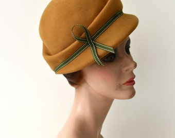 1960s Vintage Hat - 60s Golden Yellow Wool Hat