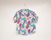Vintage 1980s Plus Size Parrot Print Button Down Collared Shirt