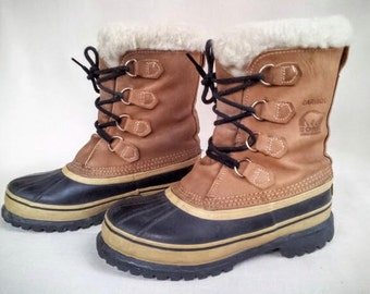 Vintage Women's US Size 8 Caribou Sorel Boots, Hand Crafted Leather & Rubber Waterproof Winter Boots with Sherpa Wool Liners, Made in Canada