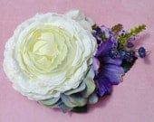 Beautiful cream ranunculus with hydrangea blossoms purple clematis blueberries and lavender bridal hair flower pin up wedding vintage