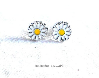 Daisy Earrings Stud Earrings Post Earrings Flower Earrings Simple Earrings Spring Earrings Surgical Steel Post Studs