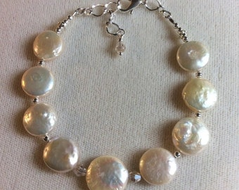 SALE Luminous Fresh Water Pearls and Swarovski crystal bracelet