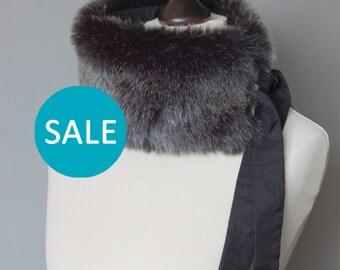SALE Dark grey faux fur collar. Fur neck warmer. Womens faux fur collar.
