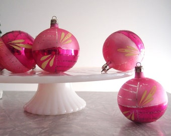 vintage Christmas ornaments / 1930s pink Glass Ball Ornaments made in Poland