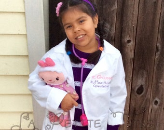 Doctor lab coat, stuffed animal specialist, personalized doctor lab coat, girls coat, boys coat, costume, drss up, handmade, embroidered