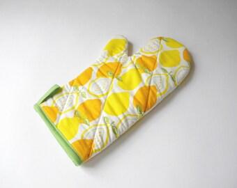 Lemon Print Oven Mitt