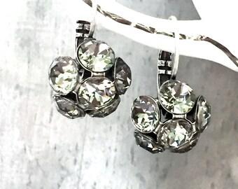 Gray Wedding Earrings - Wife Gift Earrings - Flower Bridal Earrings - Flower Cluster Earrings - Wedding Earrings Cluster - Bridesmaid Gift