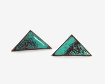 Vintage 50s COPPER EARRINGS / 1950s Turquoise Enamel Triangular Modernist Screw Backs