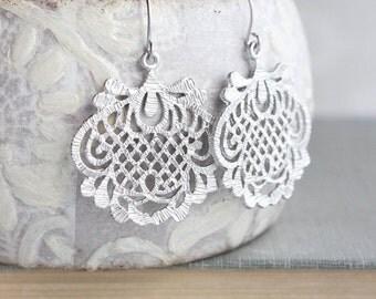 Silver Filigree Earrings Silver Lace Drop Dangle Earrings Statement Jewelry Romantic Earrings Vintage Inspired Textured Floral Lattice