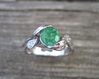Emerald Engagement Ring, Emerald Leaf Ring, Emerald Leaf Engagement Ring, Emerald Leaf Wedding Ring, Antique Emerald Ring, 18k Emerald Ring