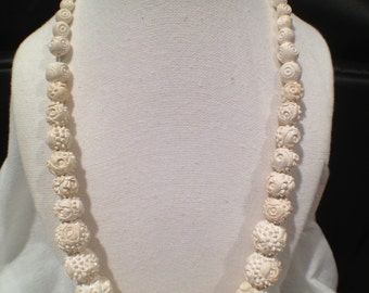Vintage Japanese Featherlite Bubbleite Carved Bead Necklace Rare Beauty