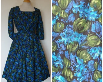 1950s Cocktail Dress / Pretty Novelty Gourd Print / Cotton Evening Dress / Pleat Detail Bodice / S Small