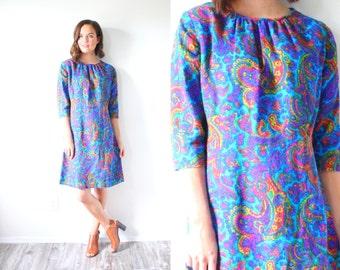 Vintage 1960's blue paisley mod dress // hippie long sleeve dress // bohemian tribal dress // 70's floral dress // white pastel floral dress