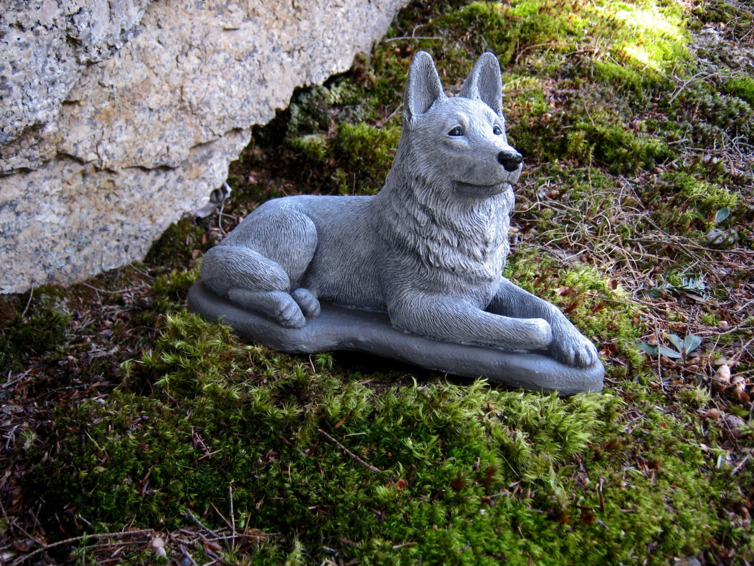 German Shepherd Statue Concrete Dog Statues By Westwindhomegarden