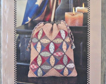 Orange Peel Applique Bag Pattern, by Kimie's Quilts, for Indygo Junction