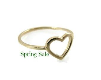 14k Yellow gold heart ring. heart gold ring. heart ring. gold ring. dainty gold ring. gift for her. romantic gold ring.  (gr9416-1755)