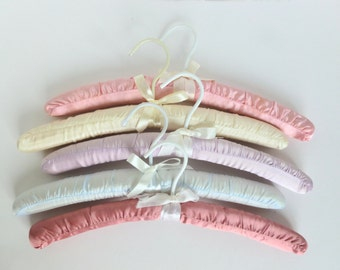 Satin Padded Clothes Hangers Lot in Pastel Colors Garment Lingerie Storage Organization