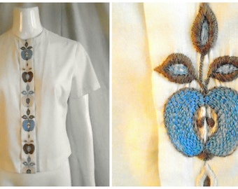1950's Vintage Blouse Embroidered Apples Novelty Print OOAK Blouse 40 Bust
