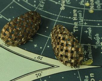 Vintage woven gold earrings