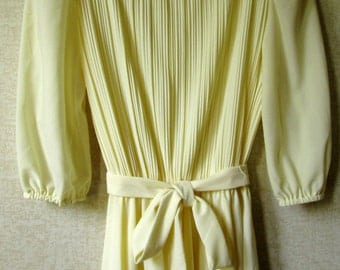 Yellow Dress polyester knit day dress summer dress puff sleeves tie belt knee length office work vintage 70s women small S L Petites