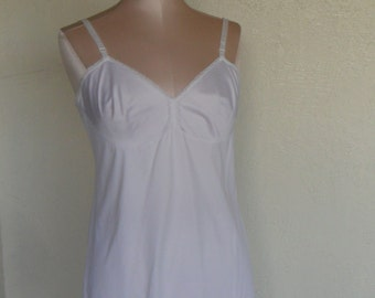 Vintage Full Slip Vanity Fair Size 36 S Slip Dress White