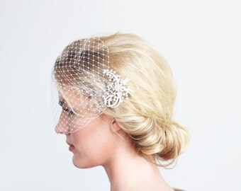 White or Ivory Veil with Crystal Headpiece Comb Bridal Accessories