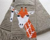 Giraffe Scarf. Neutral, crochet scarf with giraffes. Animal print scarf. Knit animal print scarf. African animal. Knitted giraffe scarves