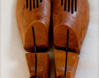 vintage shoe lasts pair