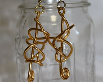 Gold tone aluminum free form wire earrings, handmade and unique.
