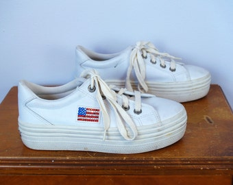 1990s Vintage White Leather Platform Sneakers with Jewel Rhinestone American Flag / Solid Ivory Rave Tennis Shoes / Size US Women's 8 8.5 US