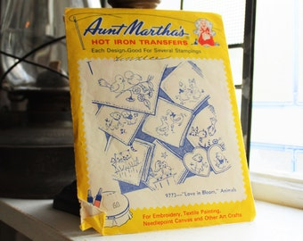 Love In Bloom Animals Aunt Martha's Hot Iron On Transfers Vintage Craft Supply Pattern 9773
