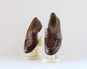 worn italian leather loafers / 8