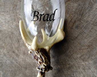 1 Deer antler wine glass with a vinyl decal for your name
