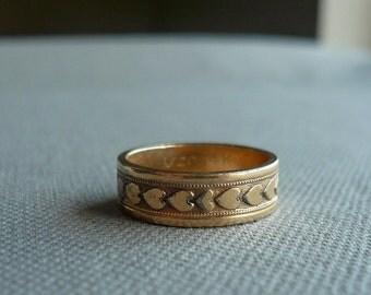 Vintage Gold Heart Wedding Band Ring - Size 7 - 1/20 14k GF Gold Filled - J D Schlang
