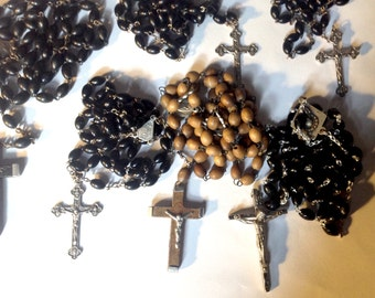 Vintage lot of Catholic rosaries rosary wood beads crucifix