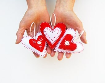 embroidery kit tutorial, diy craft kit, felt heart ornament kit, diy valentines, sewing kit, valentines day craft, valentine embroidery