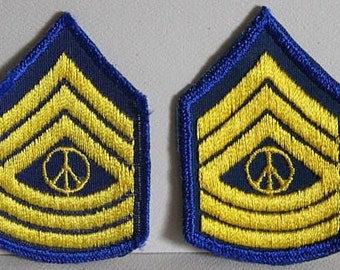 Vintage Patches - PEACE MILITARY INSIGNIA 1970s Appliques