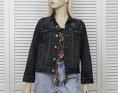 Vintage Levi Black Jeans Jacket Women's Size Small/Medium White Tag with Free Top
