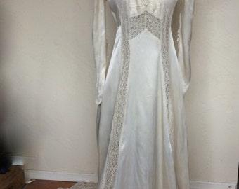 Vintage 1930's Art Deco Bride Ivory Liquid Satin Wedding Gown Bride Dress