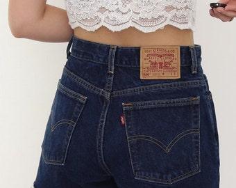 Vintage 90s Levi's Blue Denim Shorts. W32. UK 14.