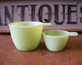 Vintage Jadeite / Jadite Measuring Cups, Set of Two, 1 Cup and 1/3 Cup - tithriftstore.etsy