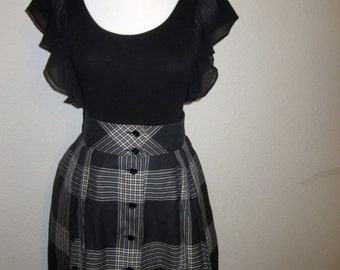 Gray black white plaid button up full skirt - 80s does 60s fit and flare with pockets