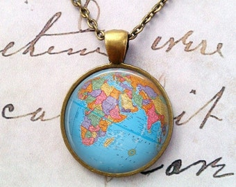 World Map Necklace - Globe Necklace - World Traveler Gift - World Globe Necklace - Gifts for Her - Earth Necklace - Earth Pendant T907