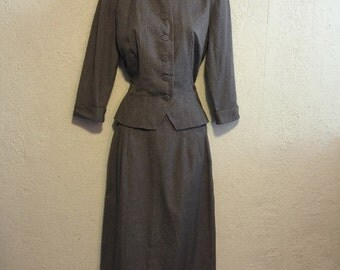 Vintage Gray 1940s/1950s Skirt Suit by Brielle