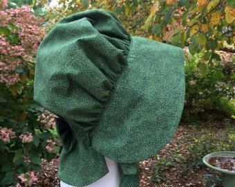 Girl's Pioneer Bonnet: Dark Green