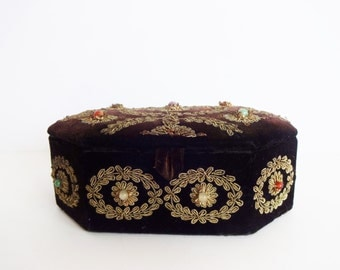 Vintage Indian Black Velvet with Gold Metallic Thread and Stone Beads Zardozi Embroidered Jewelry Box