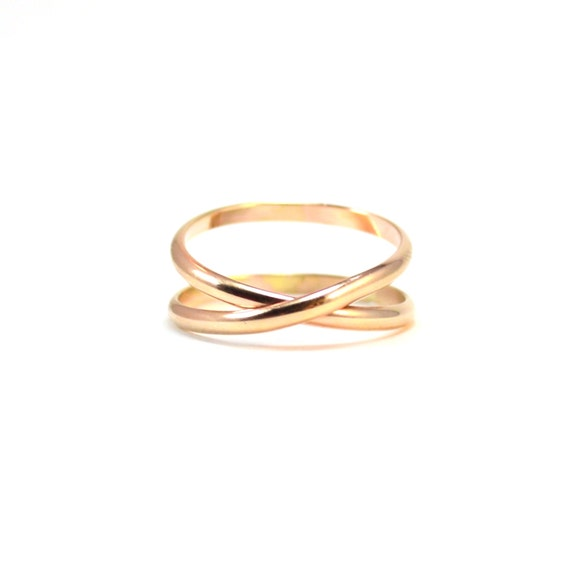 Gold Infinity Band.  Criss Cross Ring. Simple Wedding Band, Promise Ring.