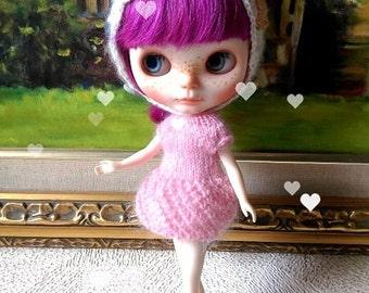 SALE Pink knitting bubble lantern dress for blythe and similar size dolls